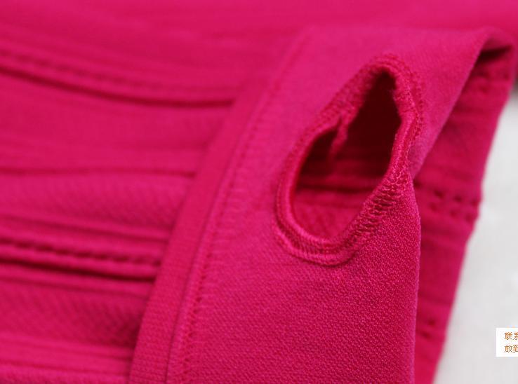 QG123 1r 20 đôi trộn các mầu và size (tỷ lệ đen và đỏ đun nhiều). HÀNG BÁN RẤT CHẠY.