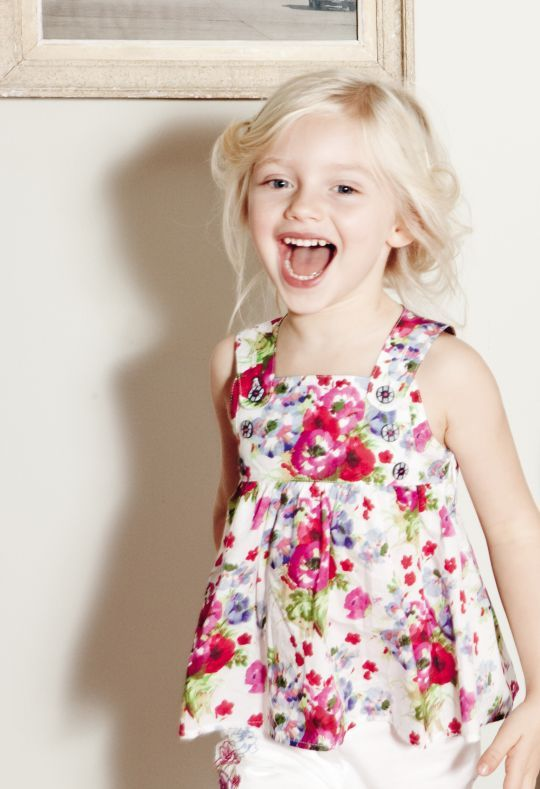 thời trang bé gái .