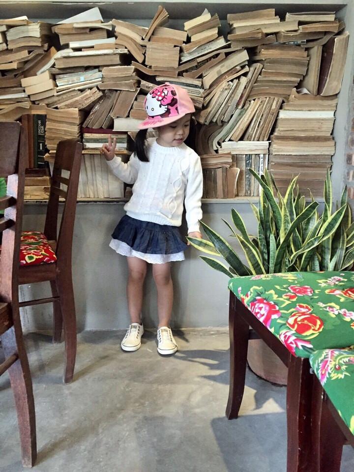 773 773 - Len mềm mại, mịn, không khô - From rất đẹp - Mix với quần bò hay chân váy đều rất xinh - Made in Vietnam.